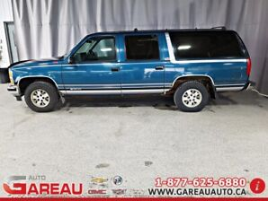 1993 Chevrolet SUBURBAN 1500 2WD 2WD