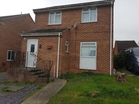 2 double rooms to rent in clea home in canford heath- 380 per month