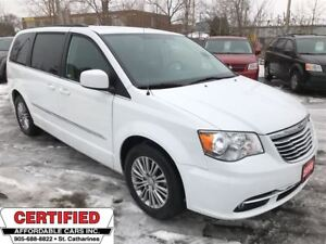 2014 Chrysler Town & Country Touring ** FULL STOW N GO, BACKUP C