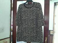 Size 18 tunic top