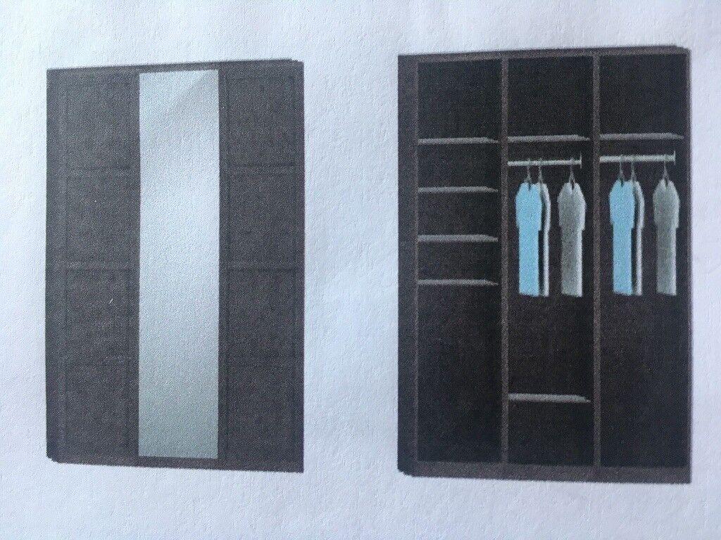 Triple wardrobe with full length mirror
