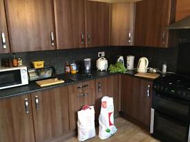 5 bed house, Kensington Ave, amenities,University, City Centre,Transport Double beds, Students