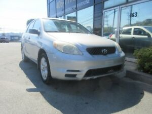 2003 Toyota Matrix 5-SPEED HATCH