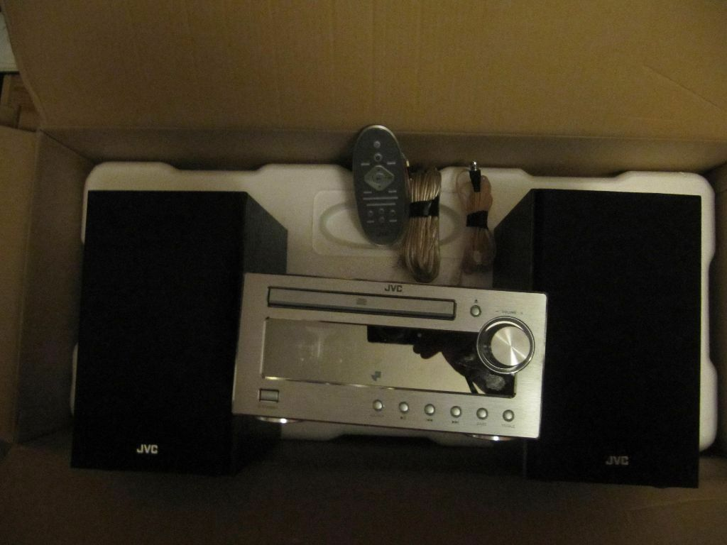 jvc ux d100 wireless traditional hi fi system usb dab. Black Bedroom Furniture Sets. Home Design Ideas