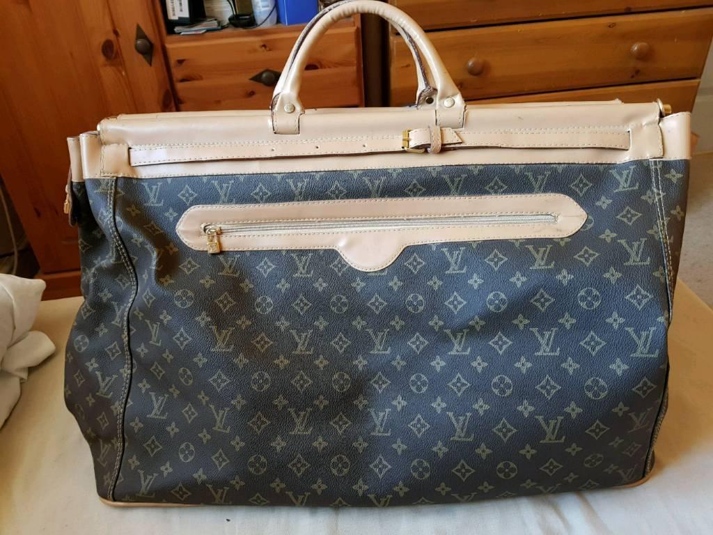 Weekend bag/ suitcase