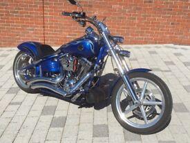 Harley-Davidson, SOFTAIL ROCKER C, 2009, 1584 (cc)