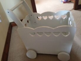 Verdaubet wooden nursery furniture / push along