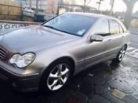 Mercedes Benz c class c220 cdi Avantgarde 2006. (Not BMW, Audi Honda, Nissan or Toyota )