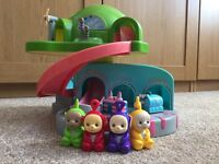RARE TOMY 1996 TELETUBBIES POP IN & PLAY HOUSE