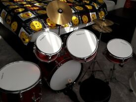 Junior 5 Piece Karacha Drum Kit with silencer pads