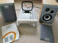 Denon UD M31 cd player/amplifier including speakers