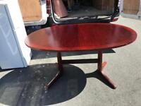 Fantastic extendable dining table and 8 chairs
