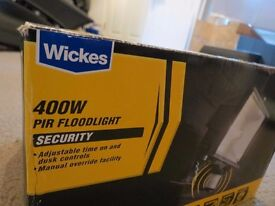 Wickes PIR FLOODLIGHT 400W