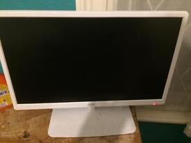 Selling HD TV before moving back home