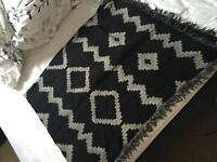 aritzia blanket scarff