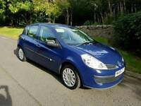 very clean Renault Clio 1.2 Expression new shape