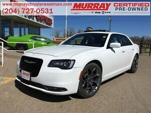 2016 Chrysler 300 S RWD *Nav* *Backup Cam* *Heated Leather*