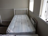 SINGLE HARDWOOD BED