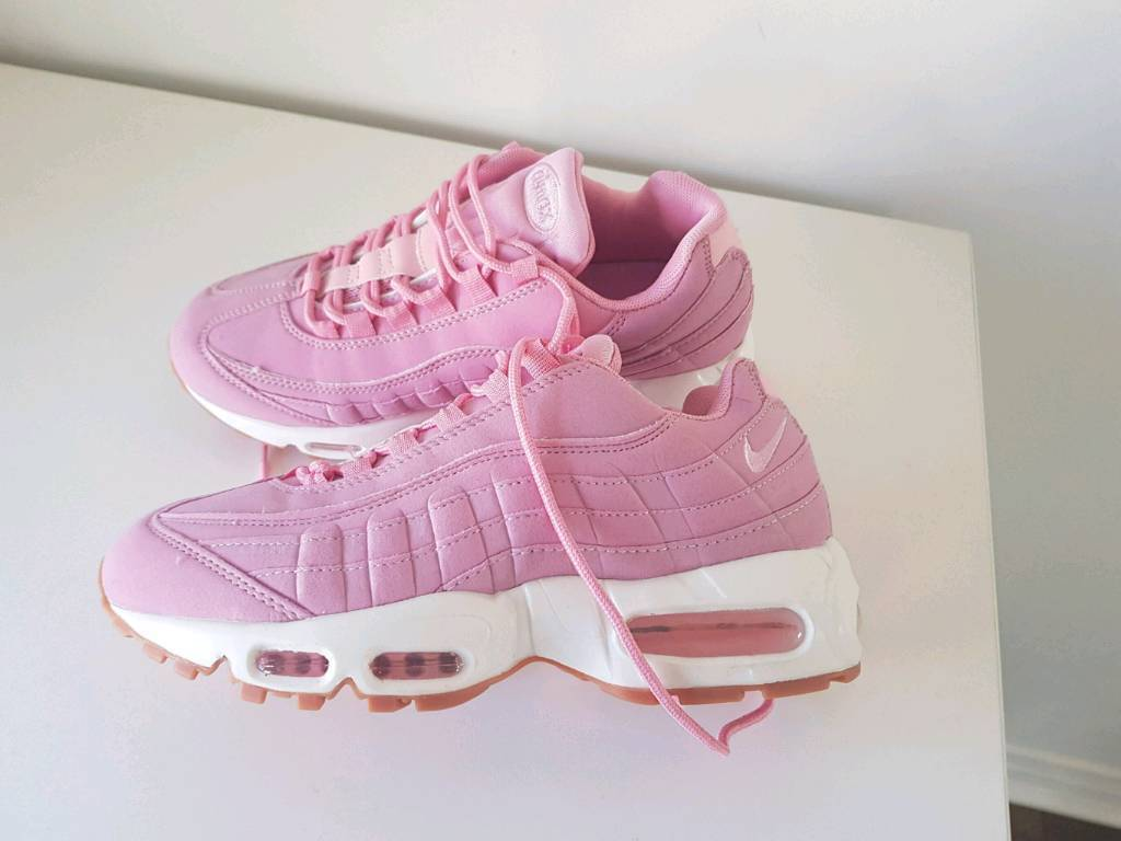 competitive price 6c84d b22f1 Nike Air Max 95 trainers pink white womens girls 4.5