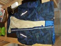 Boys waterproof jacket. 8_9 years