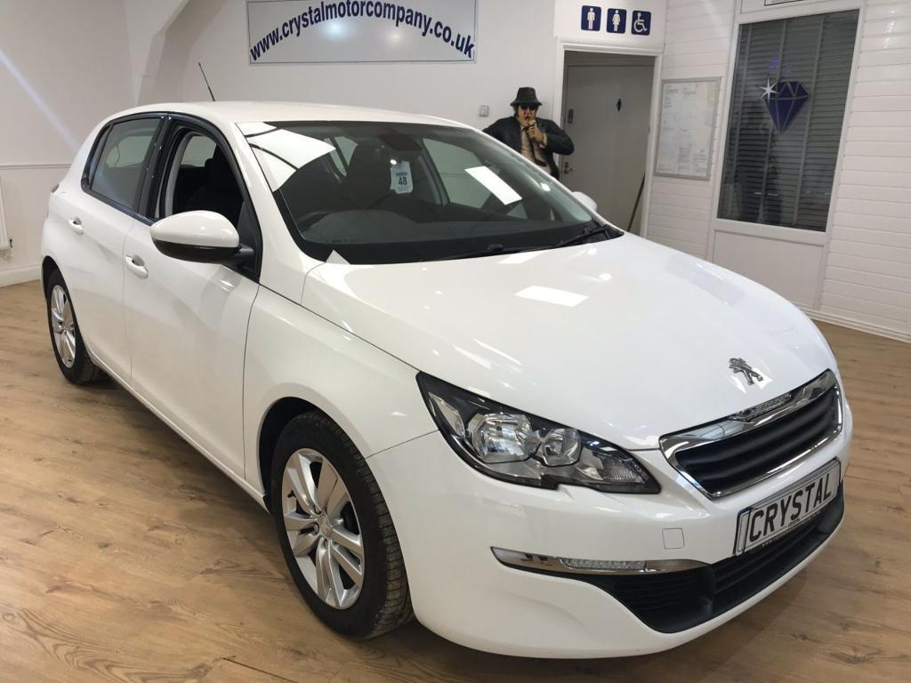 peugeot 308 1 6 hdi active 5d 92 bhp cruise control 6 months white 2014 in northampton. Black Bedroom Furniture Sets. Home Design Ideas