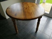 Re-furbished Solid Wood Round Kitchen Table, this table has been fully restored and looks great.