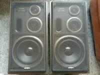 Aiwa sx-z95 3 way bass reflex speakers
