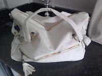 8 ladies handbags (new) lot £60