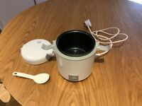 Horwood JEA63 300 ml Mini Rice Cooker, White