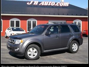 2010 Ford Escape XLT  4WD V6