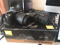 Nikon D3100 w/Box, Case & Flashgun