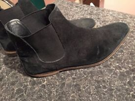 KURT GEIGER BOOTS GOOD CONDITIONS WAS £170 ONLY £20!!! SIZE 44