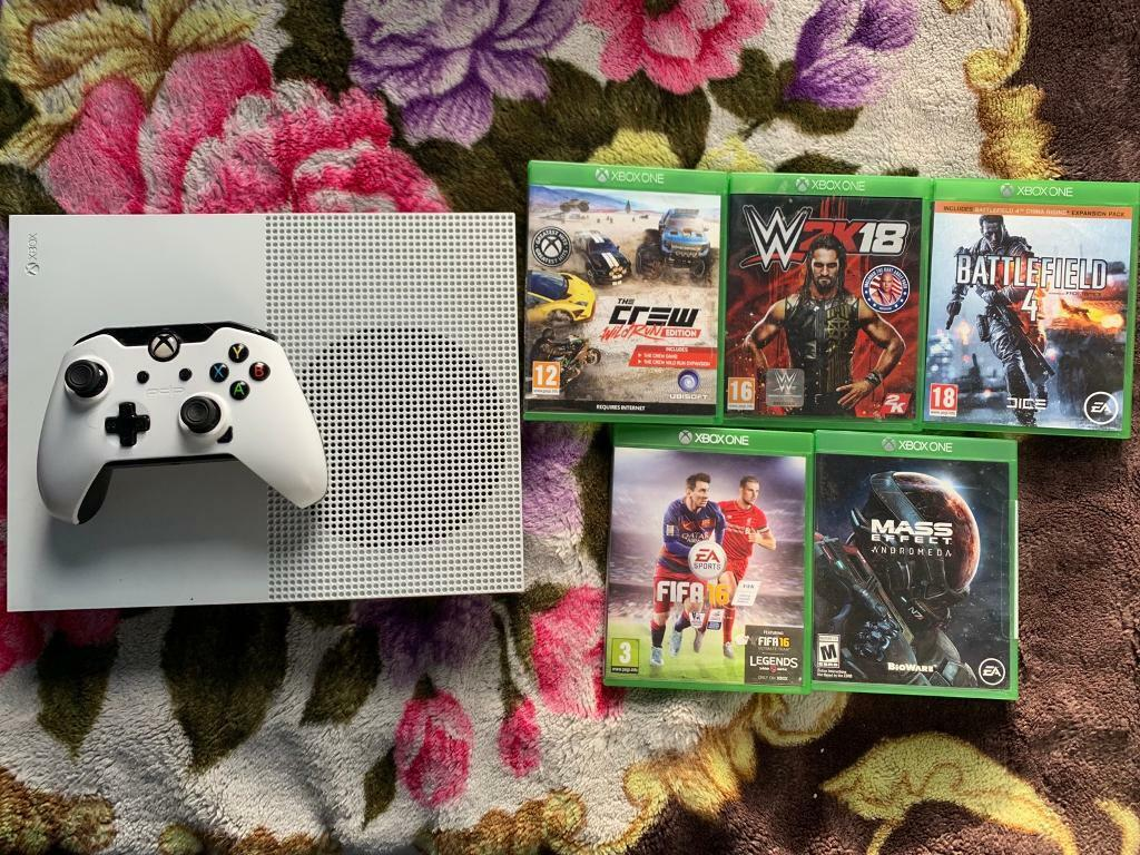 XBOX ONE S CONSOLE 500GB WITH GAMES (OPEN TO OFFERS) | in Leicester,  Leicestershire | Gumtree