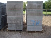 CONCRETE BLOCK 7NT 72 BLOCKS IN A PACK ONLY £70 PER PACK