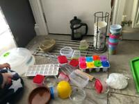 Assorted kitchen bits