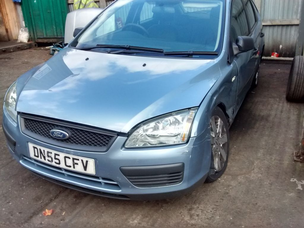 2005 Ford Focus Mk2 1 6 Tdci Studio 5dr Tonic Blue Breaking For Spares In Shirley West