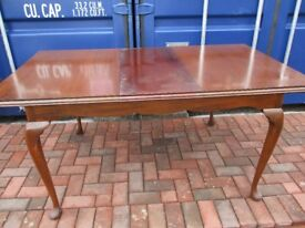 Beith craft dining table & chairs