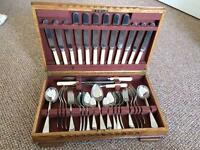 SUPERB ORIGINAL 1940's CANTEEN OF CUTLERY