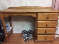 Beautiful solid wood dressing table with drawers