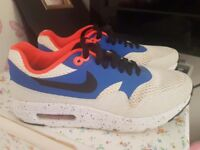 Mens nike trainers size 6