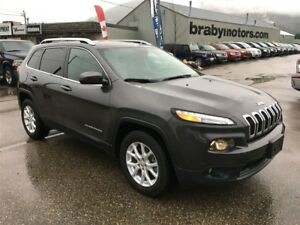 2016 Jeep Cherokee North V6 Pano roof, Cold Weather Group