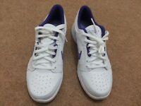 Nike women shoes / trainers