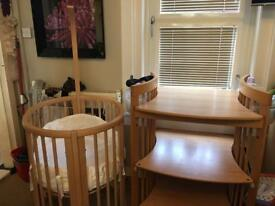 Stokke crib and changing unit