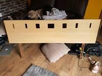 Double head board