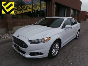 2016 Ford Fusion SE Navi, Leather, Roof, Bluetooth