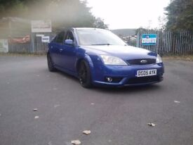 St ford mondeo high spec.