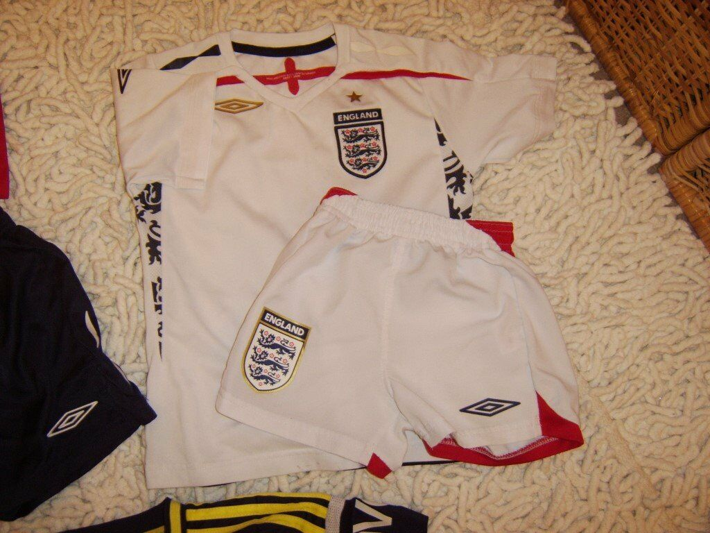 b78451e00 Football kits for 2 -3 year old