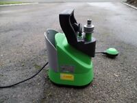 Electric Pump for use with Rain Water Butt. Use in garden or car wash
