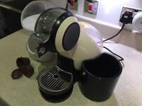 Nescafé dolce gusto melody ivory with accessories