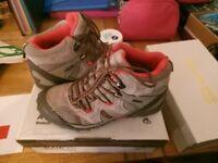 Craghopper's Girls Tromp Boots (Size 3)